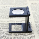 10X 28mm Mini Zinc Alloy Folding Magnifier with Scale for Textile Optical Glass Foldable Magnifying Tool